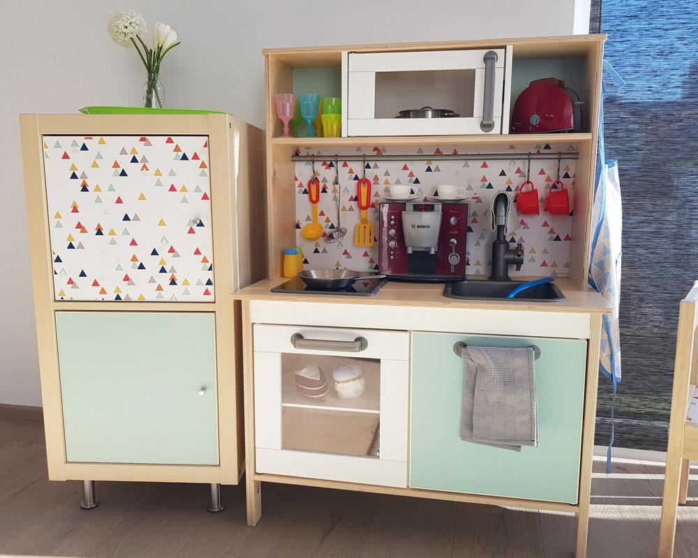Full Size of Ikea Hacks Aufbewahrung Kinderkhlschrank Selber Bauen Passend Zur Kinderkche Aufbewahrungsbehälter Küche Bett Mit Modulküche Betten Bei Kaufen 160x200 Wohnzimmer Ikea Hacks Aufbewahrung