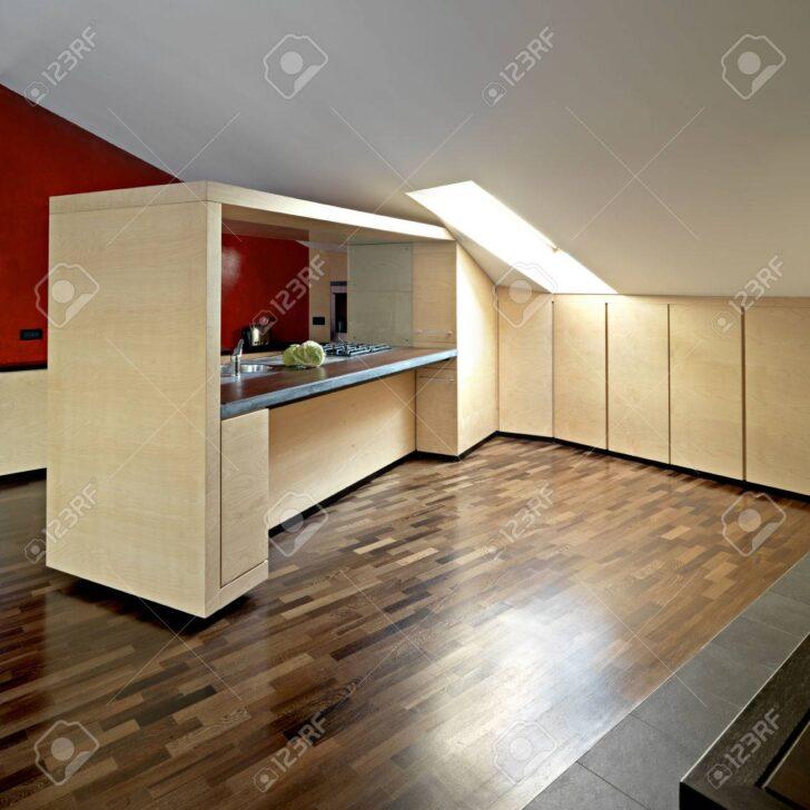 Medium Size of Holzmbel In Einer Kche Im Dachgeschoss Holzregal Küche Ohne Hängeschränke Rosa Günstig Mit Elektrogeräten Nischenrückwand Einbauküche Nobilia Wohnzimmer Küche Dachgeschoss