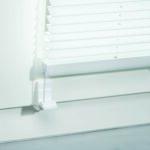 Rollos Und Jalousien Anbringen Tipps Tricks Obi Sonnenschutzfolie Fenster Innen Flachdach Insektenschutz Velux Ersatzteile Ebay Insektenschutzrollo Plissee Wohnzimmer Jalousie Innen Fenster