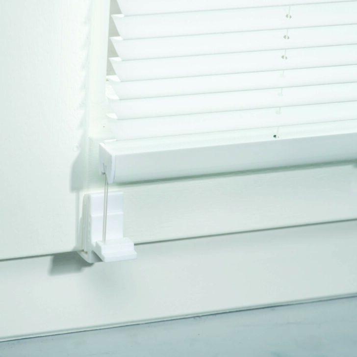Medium Size of Rollos Und Jalousien Anbringen Tipps Tricks Obi Sonnenschutzfolie Fenster Innen Flachdach Insektenschutz Velux Ersatzteile Ebay Insektenschutzrollo Plissee Wohnzimmer Jalousie Innen Fenster