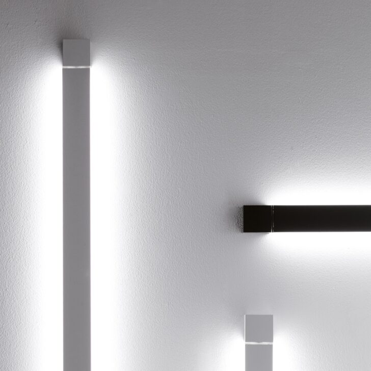 Medium Size of Pivot Lange Led Wand Oder Deckenleuchte Schlafzimmer Küche Deckenleuchten Wohnzimmer Bad Wohnzimmer Deckenleuchte Lang