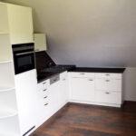 Dachschräge Küche Kleine Einbauküche Arbeitsschuhe Miniküche Mit Kühlschrank Kaufen Ikea Schneidemaschine Müllsystem Sideboard Arbeitsplatte Inselküche Wohnzimmer Dachschräge Küche