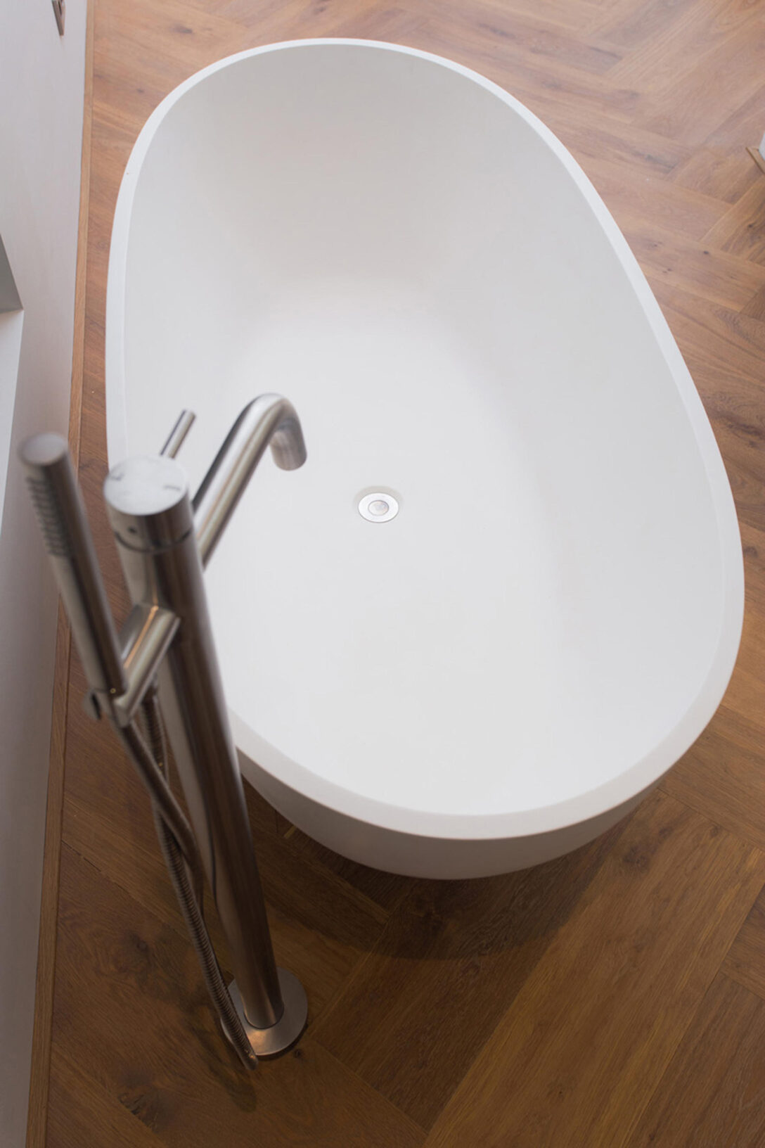 Large Size of Cocoon Küchen Mono 40 Floor Mounted Bath Mixer With Hand Shower Architonic Regal Wohnzimmer Cocoon Küchen