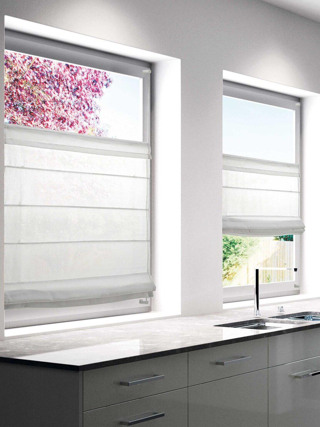 Large Size of Raffrollo Küchenfenster Dezent Wirkt Das Faltrollo Mood Von Buchheister In Der Farbe Wei Küche Wohnzimmer Raffrollo Küchenfenster