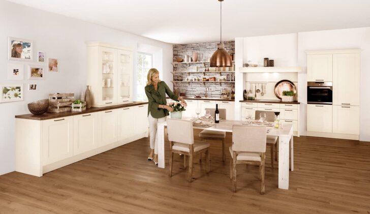 Medium Size of Aufsatzschrank Küche Landhaus Einbaukche Classica 6610 Esche Repro Magnolie Lack Mit Elektrogeräten Günstig Edelstahlküche Treteimer Umziehen Billig Kaufen Wohnzimmer Aufsatzschrank Küche