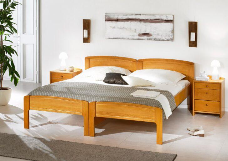 Medium Size of Bett Weiß 90x200 Mit Bettkasten Betten Schubladen Kiefer Lattenrost Und Matratze Weißes Wohnzimmer Seniorenbett 90x200