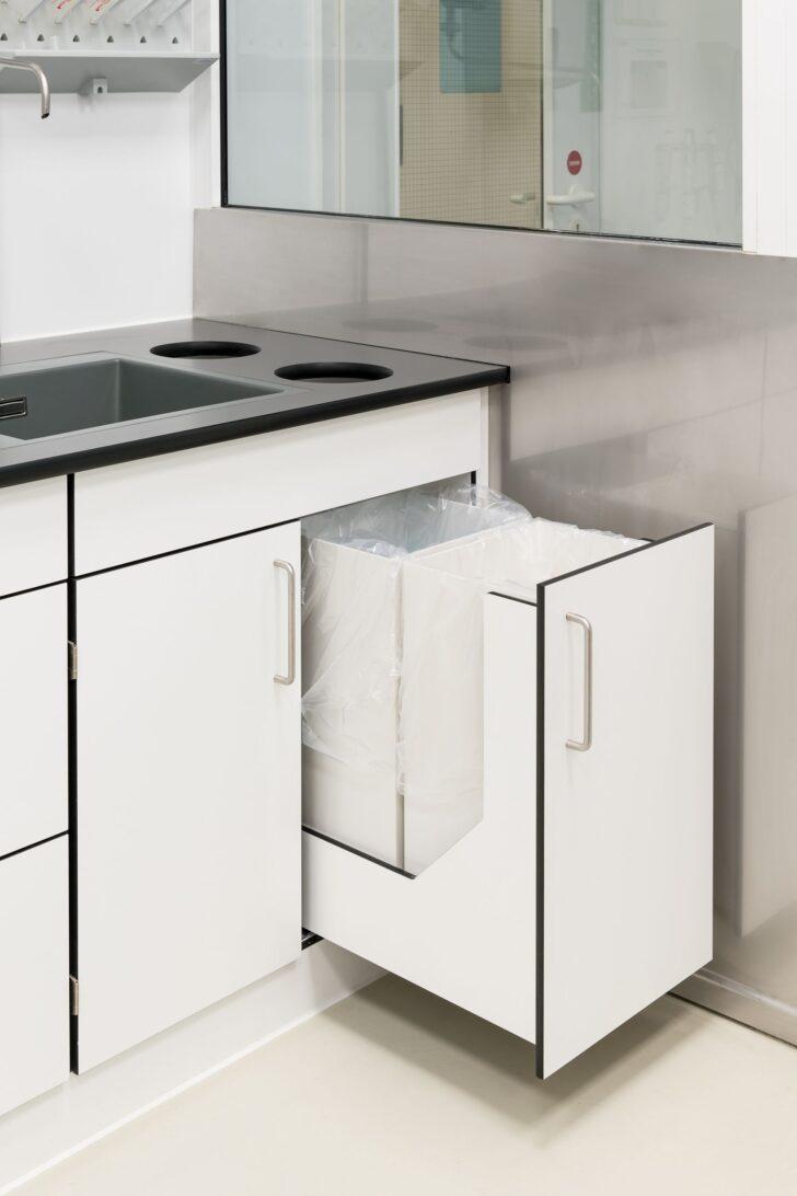 Medium Size of Wasserhähne Küche Aufbewahrungssystem Wasserhahn Spüle Einbauküche Nobilia Pendelleuchten Mülltonne Wandsticker Günstige Mit E Geräten Led Wohnzimmer Ablage Küche