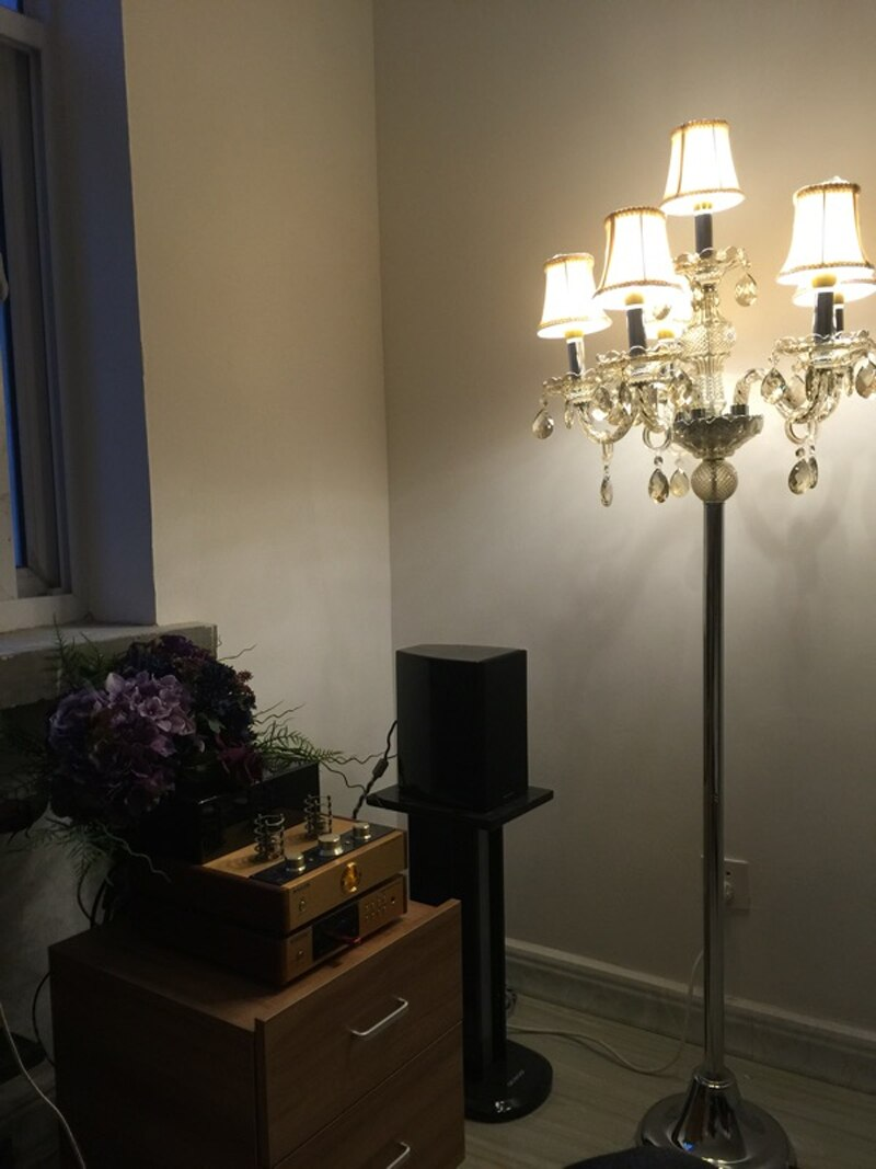 Full Size of Wohnzimmer Lampe Stehend Led Ikea Klein Holz Villen Nacht Lampen Fr Schlafzimmer Vorhang Stehlampen Board Heizkörper Wandbild Vorhänge Stehlampe Poster Wohnzimmer Wohnzimmer Lampe Stehend