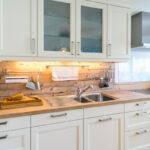 Alternative Küchen Wohnzimmer Alternative Küchen Kchen Edel Oder Rustikal Wbg Elsteraue Regal Sofa Alternatives