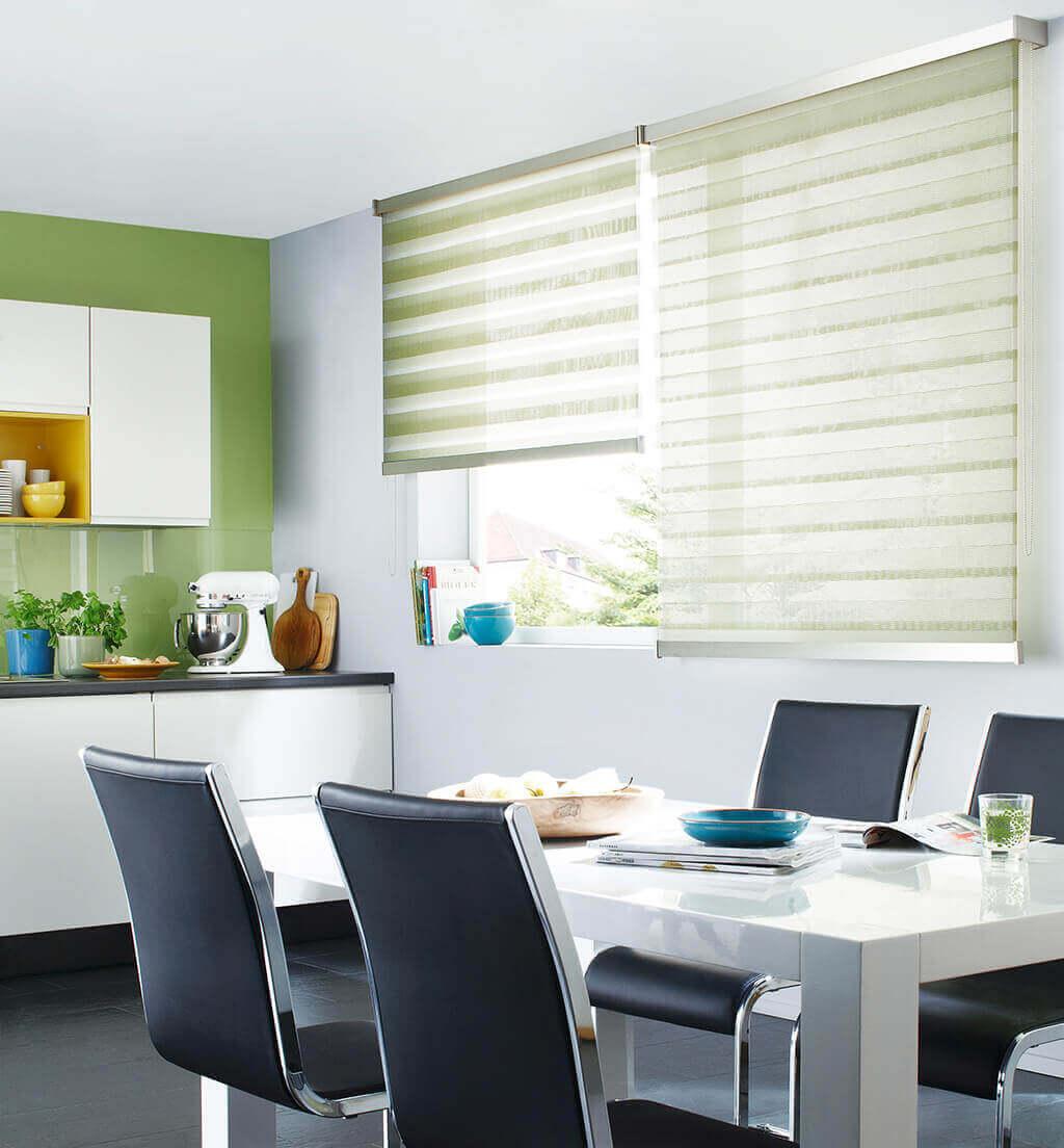 Full Size of Raffrollo Küchenfenster Sichtschutz In Der Kche Vorhnge Küche Wohnzimmer Raffrollo Küchenfenster