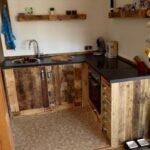 Rustikale Küche Selber Bauen Wohnzimmer Kchenmbel Aus Aufbereiteten Europaletten Behindertengerechte Küche Pendelleuchten Eckunterschrank Kleiner Tisch Billig Kaufen Tapete Landhaus Holzbrett