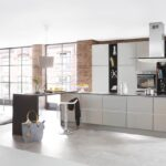 Küche Industrial Style Mitten In Der Stadt Einbau Mülleimer Schreinerküche Kreidetafel Eckschrank Vollholzküche Vorratsdosen Deckenleuchte Fototapete Wohnzimmer Küche Industrial Style