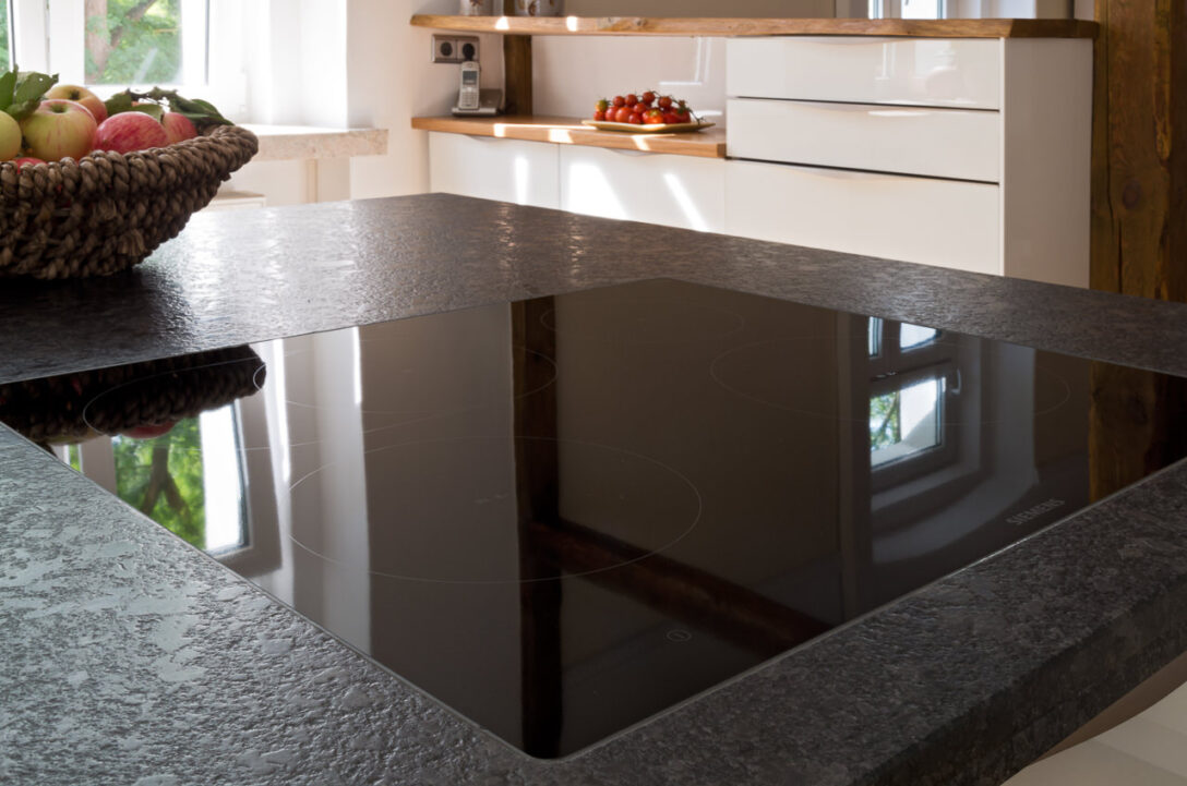 Large Size of Küche Sideboard Mit Arbeitsplatte Arbeitsplatten Granitplatten Wohnzimmer Granit Arbeitsplatte
