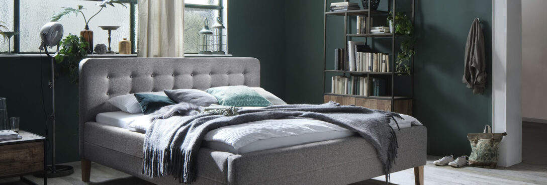 Large Size of Schlafzimmer Komplett Modern Weiss Luxus Set Massiv Schlafzimmermbel Im Mbel Kraft Onlineshop Kaufen Wandbilder Kommode Vorhänge Teppich Deckenleuchte Nolte Wohnzimmer Schlafzimmer Komplett Modern