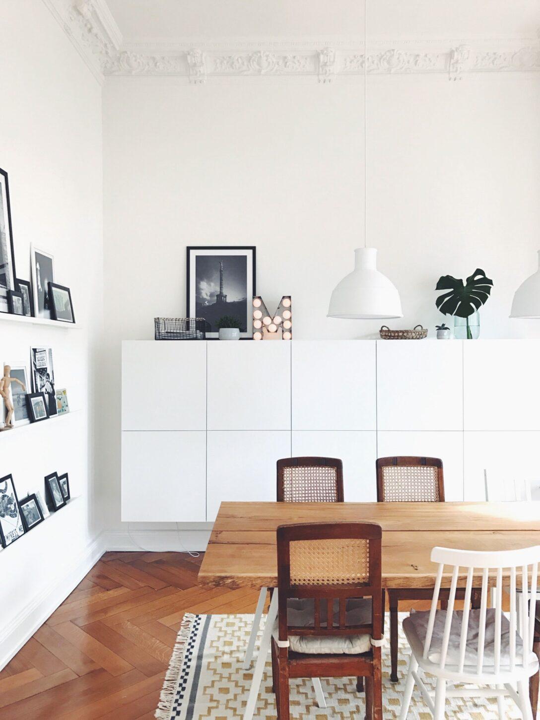 Large Size of Wohnzimmerschränke Ikea Hereinspaziert 10 Neue Wohnungseinblicke Wohnung Esszimmer Modulküche Küche Kaufen Kosten Betten Bei Miniküche Sofa Mit Wohnzimmer Wohnzimmerschränke Ikea