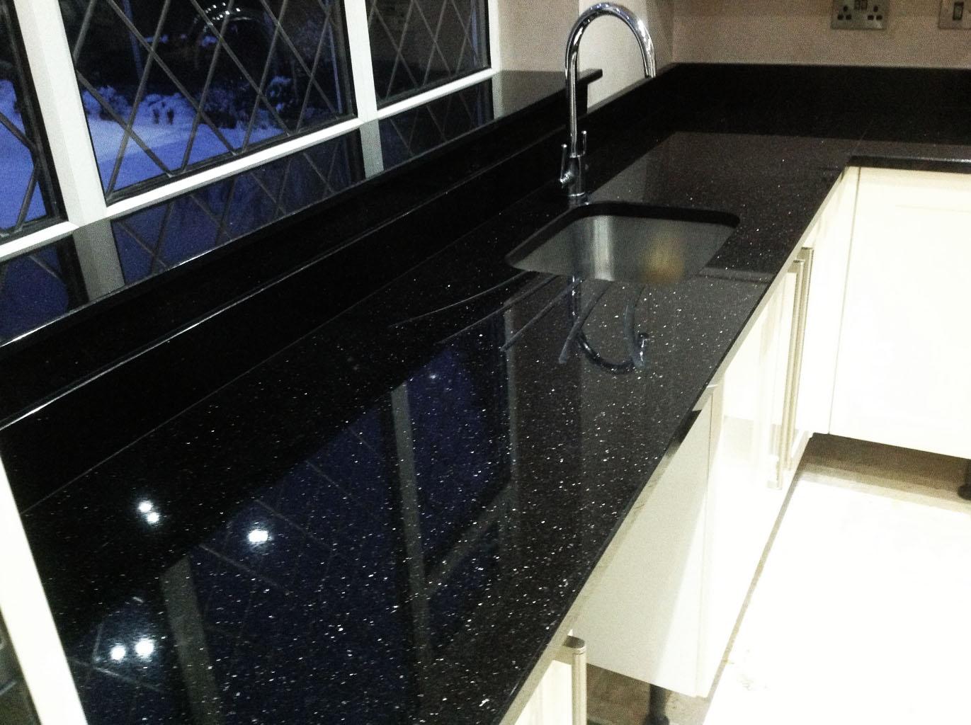 Full Size of Silestone Oder Granit Treffen Sie Eine Gute Entscheidung Granitplatten Küche Arbeitsplatten Sideboard Mit Arbeitsplatte Wohnzimmer Granit Arbeitsplatte