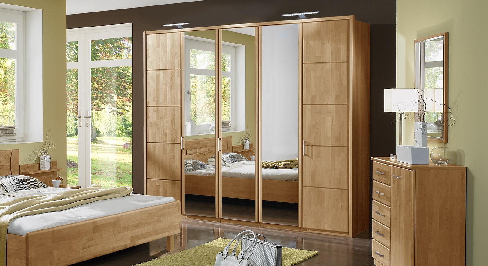 Full Size of Schlafzimmerschränke Schlafzimmerschrank Mit Drehtren In Erle Teilmassiv Beyla Wohnzimmer Schlafzimmerschränke
