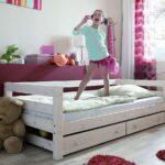 Bett Mit Bettkasten 90x200 Betten Lattenrost Schubladen Weiß Weißes Und Matratze Kiefer Wohnzimmer Jugendbett 90x200