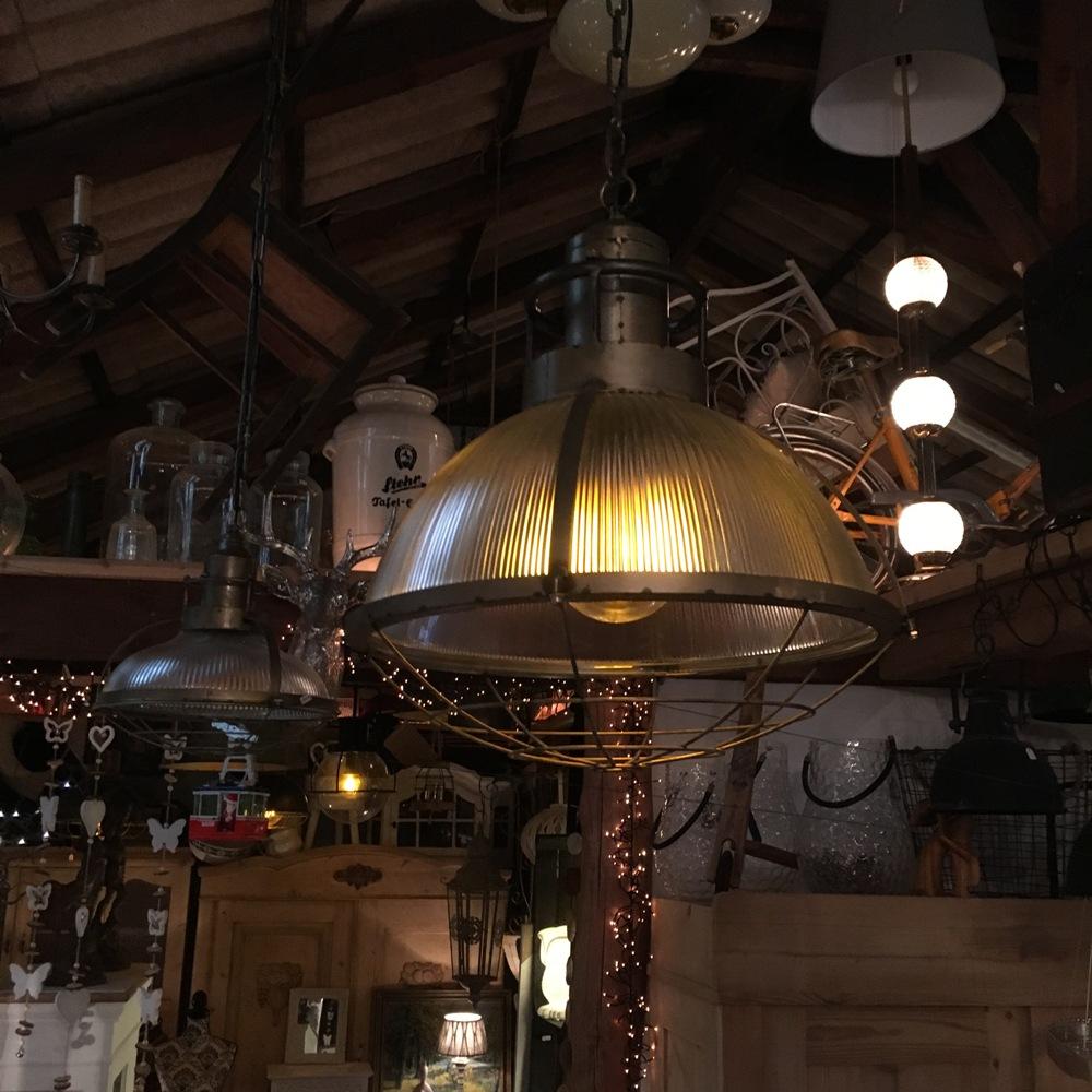 Full Size of Deckenlampe Industrial Nettie Style Küche Deckenlampen Wohnzimmer Modern Esstisch Schlafzimmer Bad Für Wohnzimmer Deckenlampe Industrial