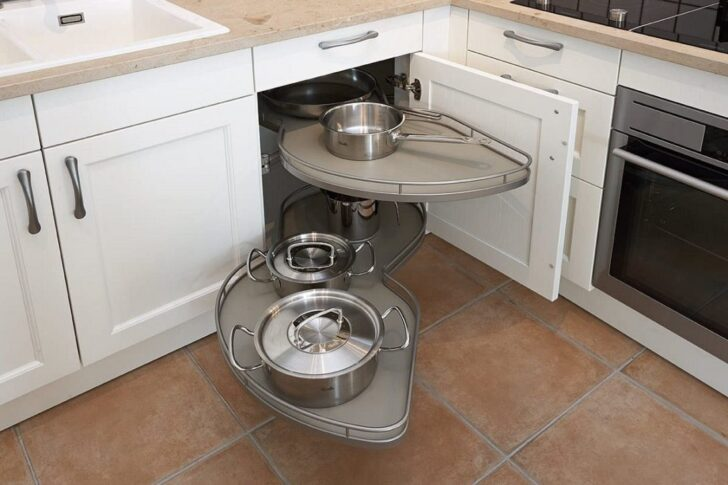 Medium Size of Küche Eckschrank Rondell Kleiner Kche Nobilia Korpus Outdoor Kaufen Was Kostet Eine Neue Abfallbehälter Spülbecken Mischbatterie Abluftventilator Mit Wohnzimmer Küche Eckschrank Rondell