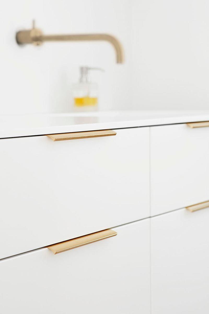Full Size of Edge Straight Griff 20cm Griffe Küche Möbelgriffe Wohnzimmer Küchenschrank Griffe
