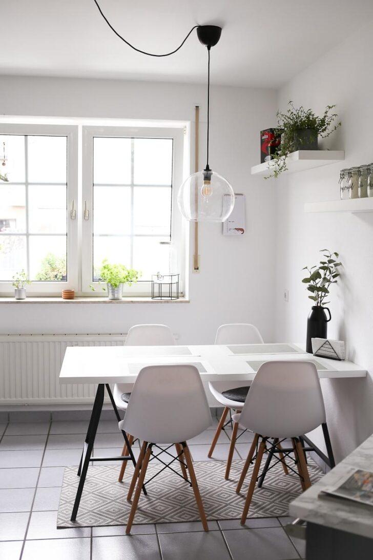 Medium Size of Küchen Deckenlampe Esszimmer Sprossenfenster Kche Essgruppe Bad Schlafzimmer Deckenlampen Für Wohnzimmer Modern Regal Küche Esstisch Wohnzimmer Küchen Deckenlampe