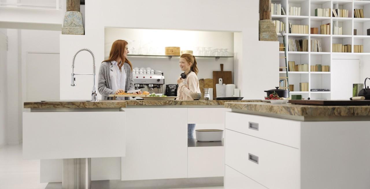 Full Size of Kcheninsel Mit Sple Perfekte Arbeitsstation Blanco Freistehende Küche Wohnzimmer Kücheninsel Freistehend