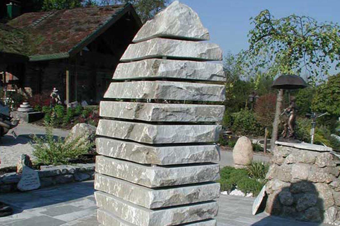 Full Size of Gartenskulpturen Stein Garten Skulpturen Aus Gartendeko Moderne Steinteppich Bad Gastein Hotel Hofgastein Alpina Therme Staffelstein Pension Wohnzimmer Gartenskulpturen Stein