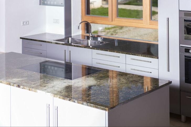 Medium Size of Arbeitsplatten Schubert Stone Naturstein Küche Arbeitsplatte Sideboard Mit Granitplatten Wohnzimmer Granit Arbeitsplatte