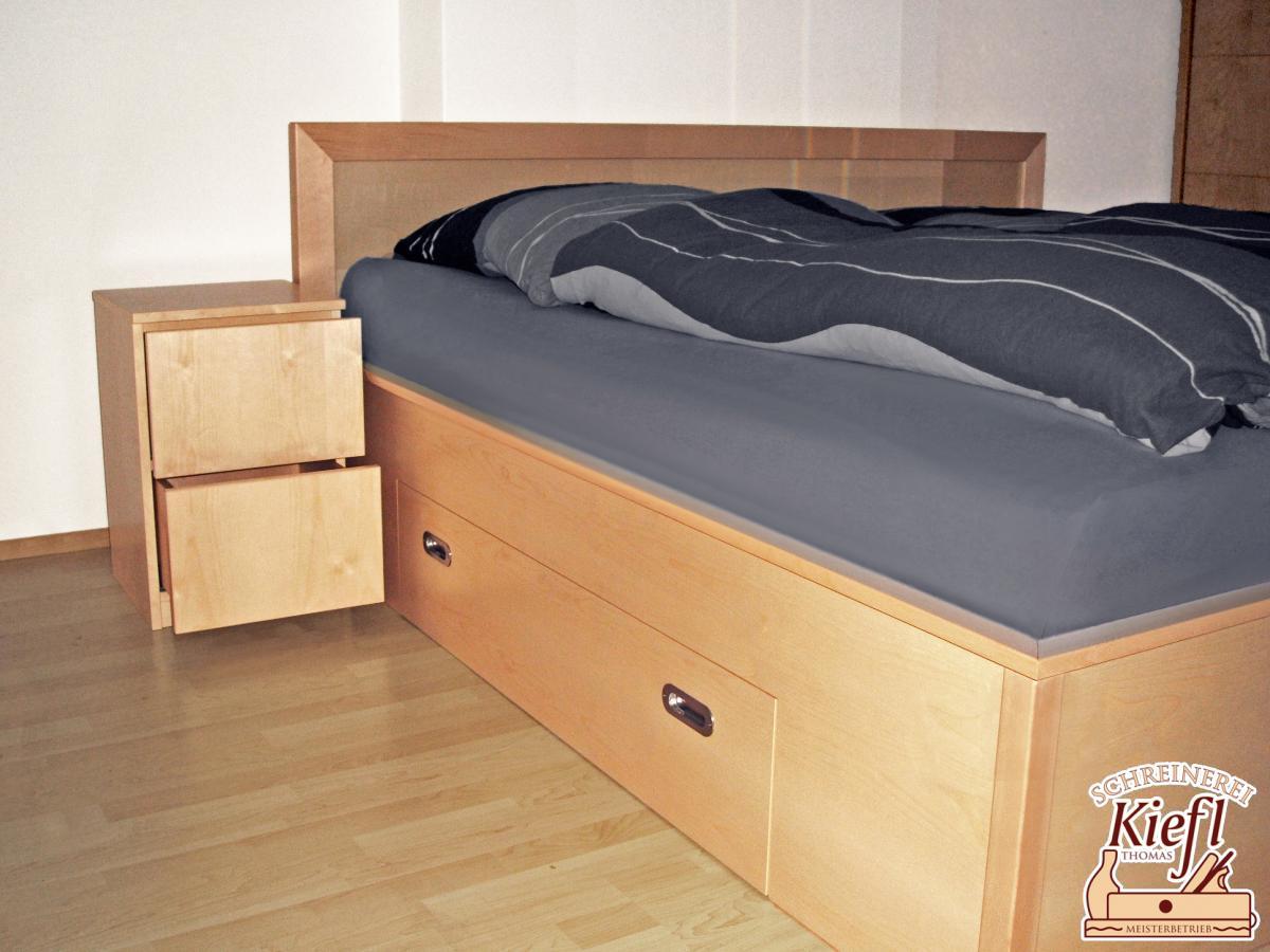 Full Size of Schlafzimmer überbau Schreinerei Thomas Kiefl Komplettangebote Deckenleuchte Modern Deko Vorhänge Eckschrank Wandtattoos Regal Stuhl Für Lampen Gardinen Wohnzimmer Schlafzimmer überbau