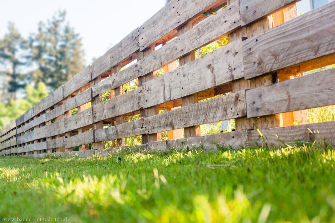 Large Size of Zaun Paletten Palettenzaun Einen Aus Selber Bauen Anleitung Garten Bett Kaufen 140x200 Regal Regale Europaletten Wohnzimmer Zaun Paletten