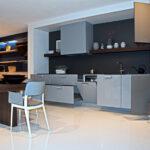 Nolte Küchen Glasfront Traumkche Klassik Kche Hcker Wei Modern Mit Holzoptik Und Roter Betten Regal Schlafzimmer Küche Wohnzimmer Nolte Küchen Glasfront