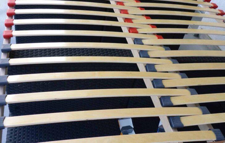 Medium Size of Schlafzimmer Komplett Mit Lattenrost Und Matratze Ausziehbares Bett 160x200 120x200 Set 180x200 90x200 140x200 Betten Wohnzimmer Ausziehbares Lattenrost