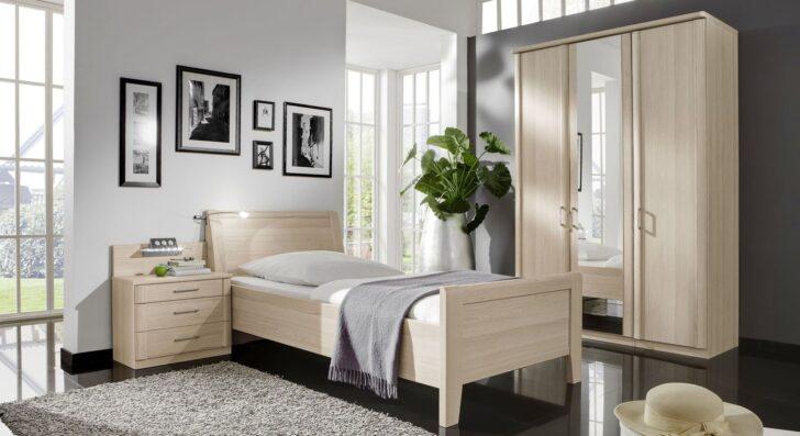 Medium Size of Komplett Schlafzimmer Fr Senioren Mit Einzelbett Montego überbau Gardinen Für Schimmel Im Weiß Lampe Günstig Deckenleuchte Modern Landhausstil Truhe Set Wohnzimmer Schlafzimmer überbau