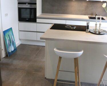 Fußbodenfliesen Küche Wohnzimmer Fußbodenfliesen Küche Pin Von Thomas Wiegand Auf Fussboden Fliesen In 2020 Moderne Landhausküche Kaufen Günstig Einbauküche Gebraucht Arbeitsplatte