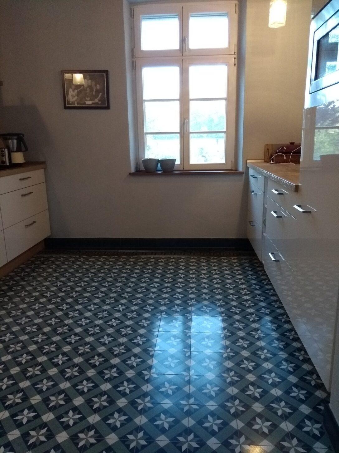 Large Size of Küchen Fliesenspiegel Zementfliesen In Der Kche 2020 Mosico Küche Selber Machen Glas Regal Wohnzimmer Küchen Fliesenspiegel