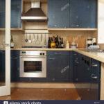 Küche Blau Grau Dunstabzugshaube Ber Edelstahl Backofen Und Blaue Montierten Edelstahlküche Gebraucht Rustikal Blende Anrichte Regal Grifflose Led Panel Sofa Wohnzimmer Küche Blau Grau