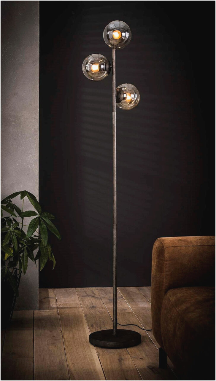 Medium Size of Stehlampe Wohnzimmer Dimmbar Holz Led Stehleuchte Ikea Stehlampen Poco Moderne Deckenleuchte Fototapete Hängelampe Lampen Bilder Xxl Sessel Decken Anbauwand Wohnzimmer Stehlampe Wohnzimmer Dimmbar