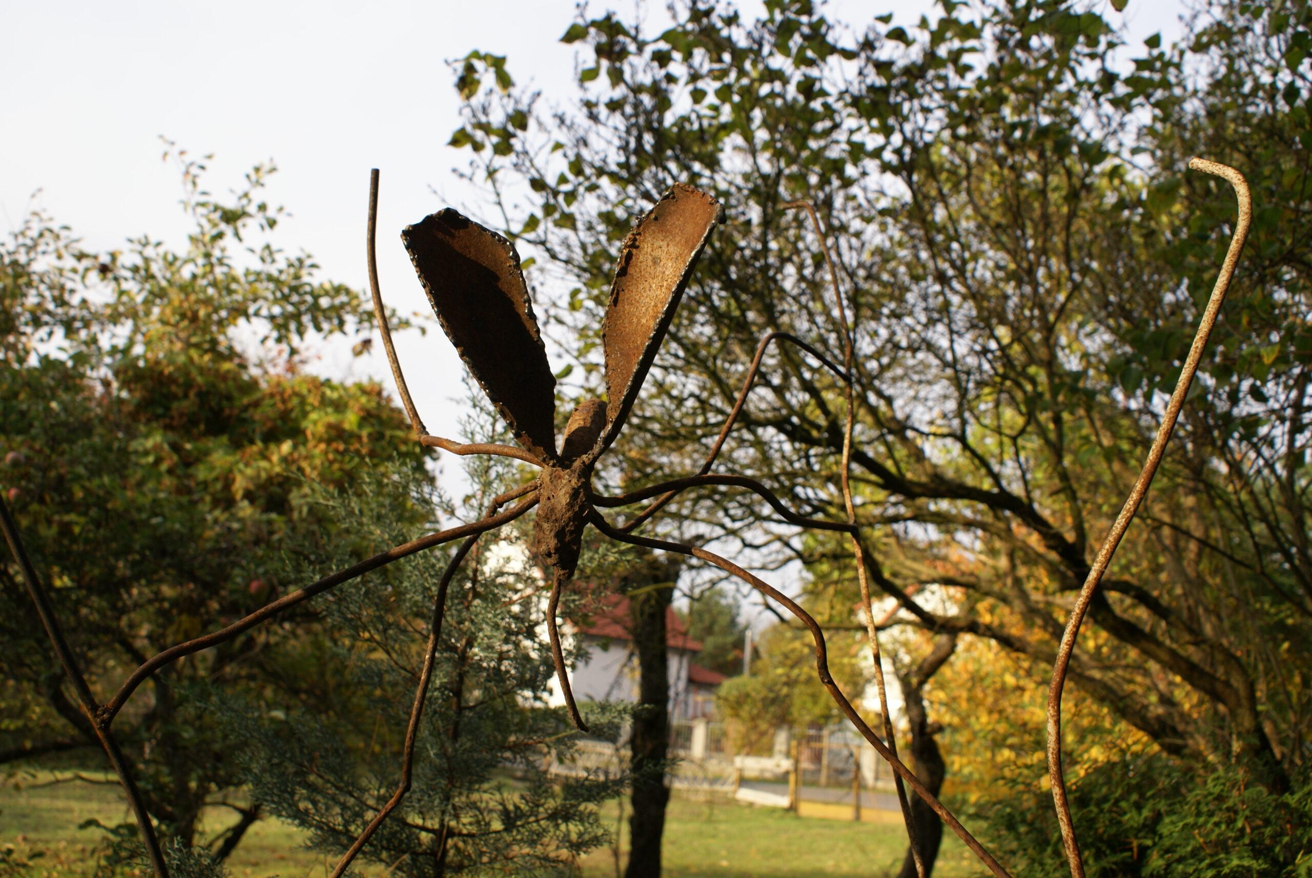 Full Size of Eisenskulpturen Galerie Schlafzimmer Kommoden Vinylboden Küche Regal Für Getränkekisten Schubladeneinsatz Boden Badezimmer Fürstenhof Bad Griesbach Tapeten Wohnzimmer Eisenskulpturen Für Den Garten