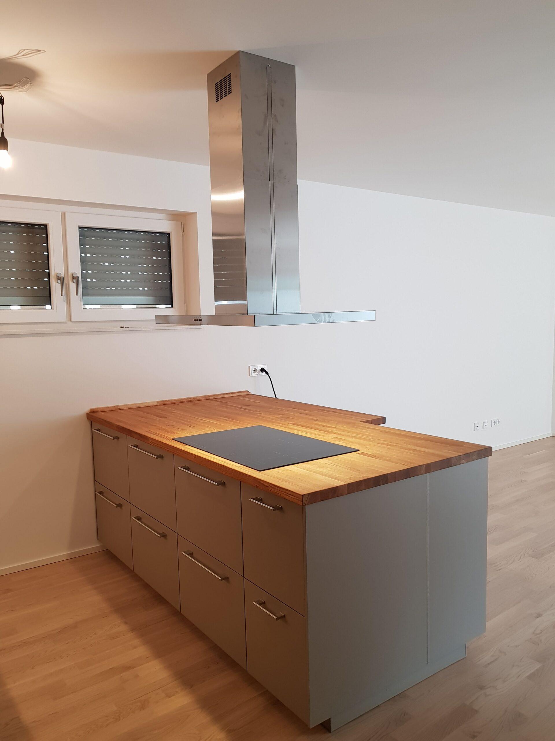 Full Size of Ubbalt Kche Dunkelbeige Offene Ikea Diy Mkki Küche Gewinnen Kaufen Mit Elektrogeräten Beistelltisch Wandbelag Selber Planen Doppel Mülleimer Tipps Wohnzimmer Offene Küche Ikea
