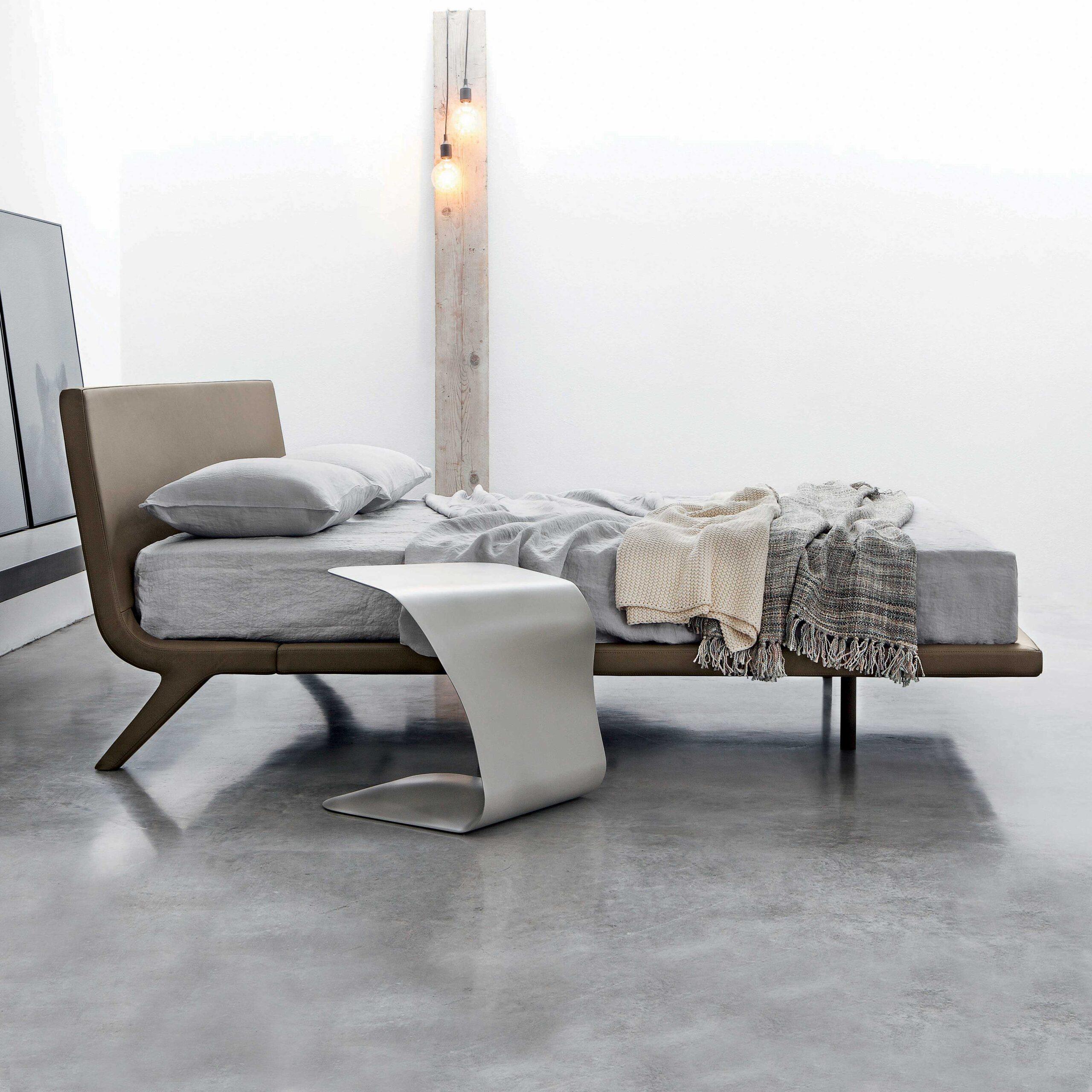 Full Size of Klappbares Doppelbett Bett Bauen Stealth Designer In Braun Von Bonaldo Diotticom Ausklappbares Wohnzimmer Klappbares Doppelbett