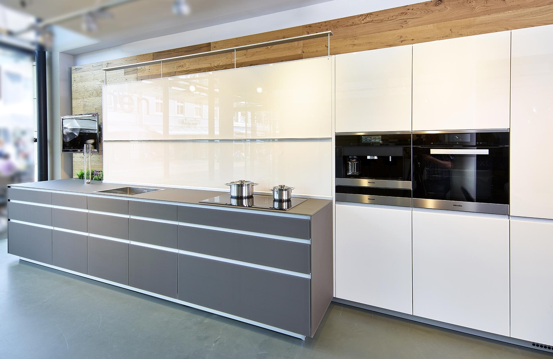 Full Size of Valcucine Küchen Abverkauf Kche Kaufen Musterkchen Regal Bad Inselküche Wohnzimmer Valcucine Küchen Abverkauf