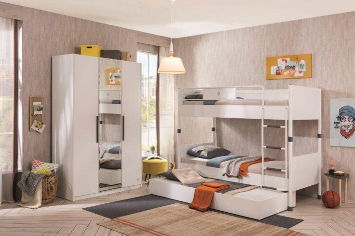 Medium Size of Kleiderschrank Real Stoff Mit Spiegel Kinder Schwarz Barbie Kinderzimmer Schrank Baby White Regal Wohnzimmer Kleiderschrank Real