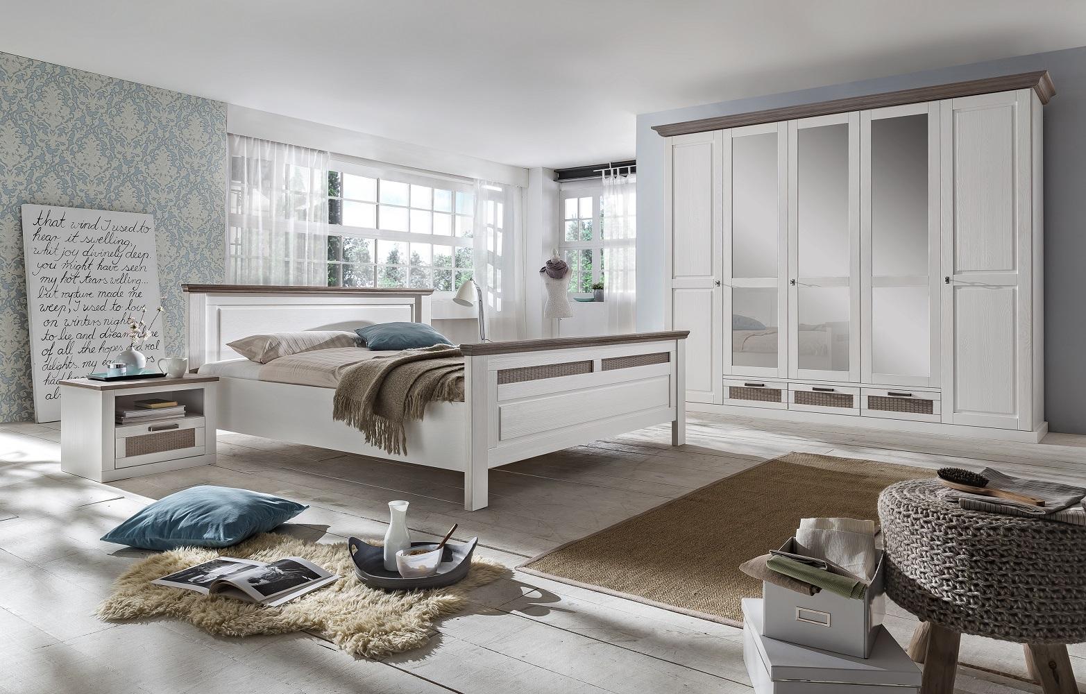 Full Size of Kleiderschrank Lugano Pinie Teilmassiv Taupe 5 Trig 3 Schubksten Regal Mit Wohnzimmer Kleiderschrank Real