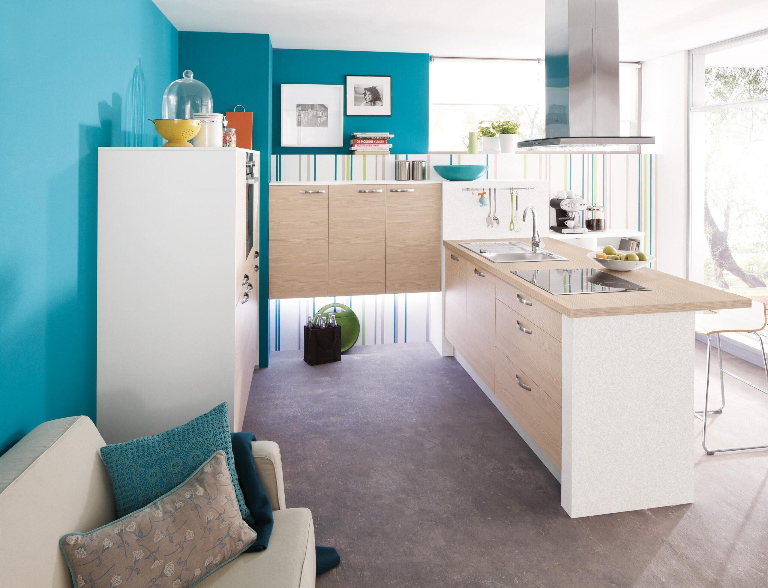 Full Size of Pino Küchenzeile Trkisfarbene Kche Mit Sofa Wandfarbe Dunstabzugs Küche Pinolino Bett Wohnzimmer Pino Küchenzeile