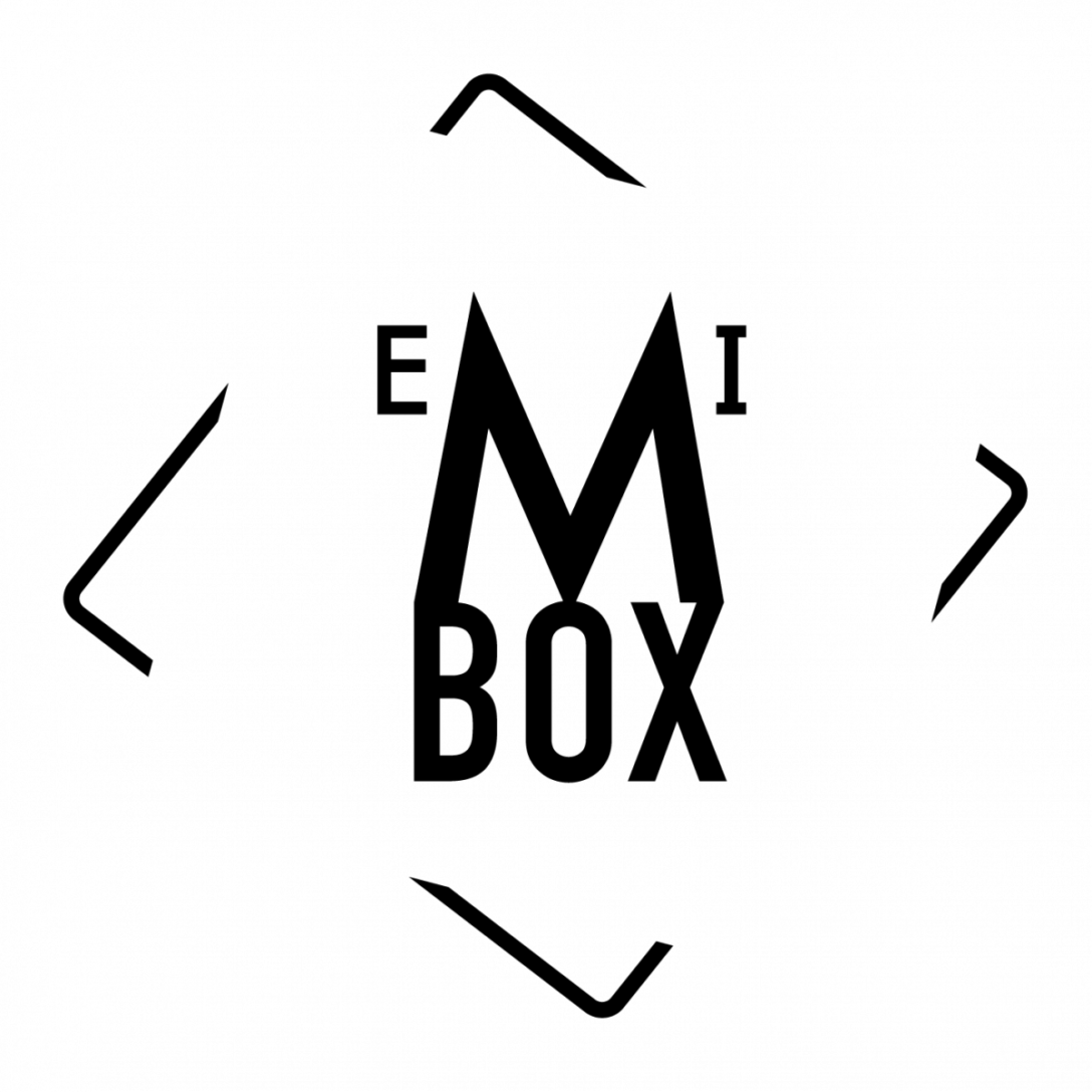 Large Size of Kitcase Gebraucht Pro Arttv Schrankkche Brokche Minikche Messekche Einbauküche Gebrauchte Küche Verkaufen Edelstahlküche Betten Fenster Kaufen Chesterfield Wohnzimmer Kitcase Gebraucht