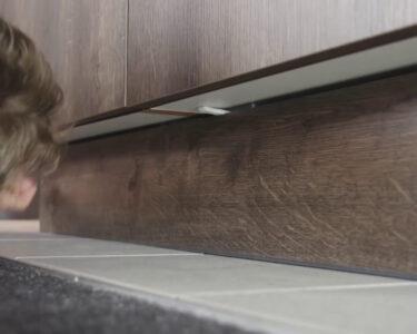 Nolte Küche Blende Entfernen Wohnzimmer Trendline Tipps Tricks Kchensockel Ausbauen Interliving Fototapete Küche Sitzbank Hängeschrank Höhe Sprüche Für Die Einrichten Günstig Mit