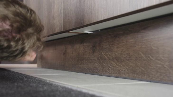 Medium Size of Trendline Tipps Tricks Kchensockel Ausbauen Interliving Fototapete Küche Sitzbank Hängeschrank Höhe Sprüche Für Die Einrichten Günstig Mit Wohnzimmer Nolte Küche Blende Entfernen