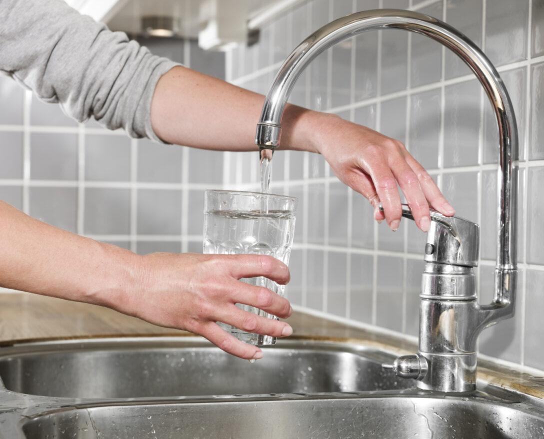 Large Size of Ausziehbarer Wasserhahn Undicht Schwergngigen Leichtgngig Machen Für Küche Bad Wandanschluss Esstisch Wohnzimmer Ausziehbarer Wasserhahn Undicht