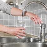 Ausziehbarer Wasserhahn Undicht Schwergngigen Leichtgngig Machen Für Küche Bad Wandanschluss Esstisch Wohnzimmer Ausziehbarer Wasserhahn Undicht